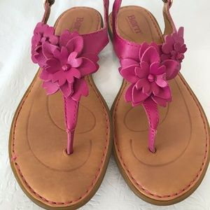 Born Pink Leather Thong Flower Sandals